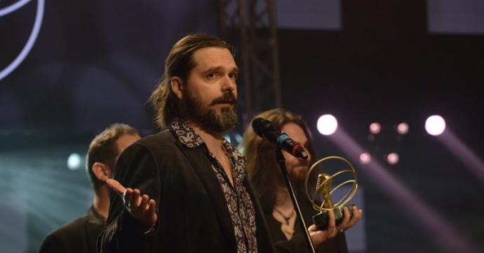 """Az év hazai hard rock vagy metal albuma vagy hangfelvétele kategória nyertese az Ozone Mama """"Cosmos Calling"""" című lemeze!"""