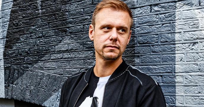 Blah Blah Blah! Fonogram-díjas lett Armin van Buuren!